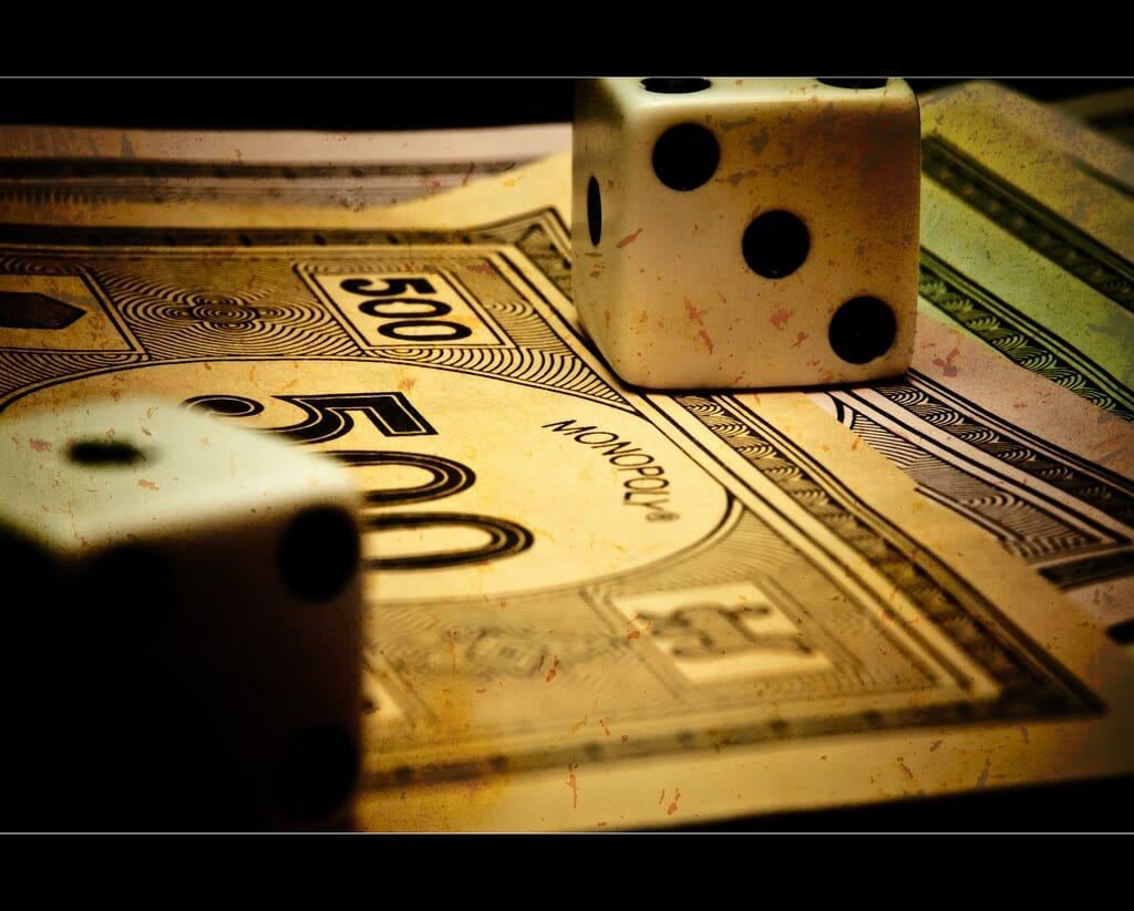 monopoly game  photo