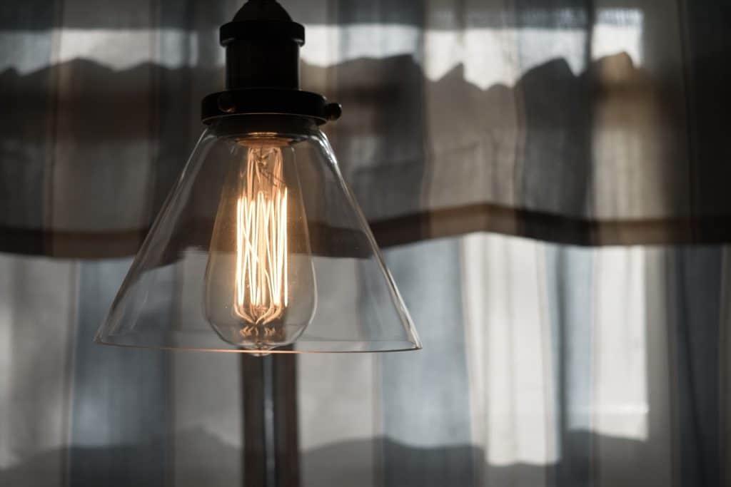 light-1208275_1920