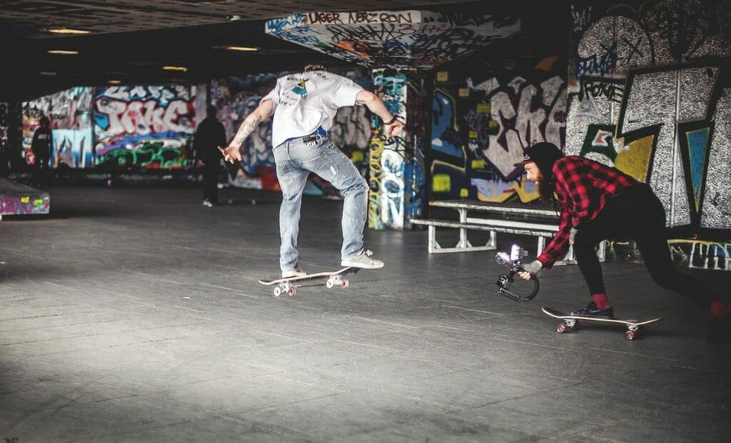 skateboard-1245680_1920